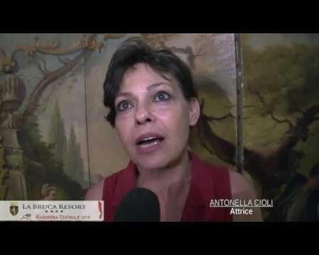 Scalea: Teatro, intervista all'attrice Antonella Cioli
