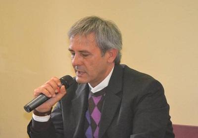 """Grisolia: Presentato il libro di Francesco Presta """"A 33 giri – distorsioni di una mente errante"""""""