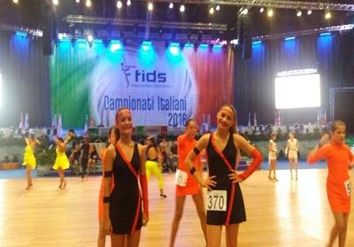 Campionati Italiani di Danza Sportiva: Bronzo per le Calabresi Vanessa Mandarano e Francesca Pagano