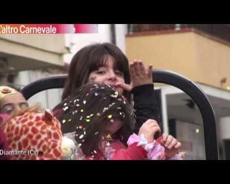 Diamante: L'altro Carnevale con carri allegorici organizzato dal Gruppo Commercianti