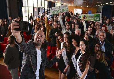 Successo all'Università della Calabria per Luca Abete e il #NonCiFermaNessuno tour