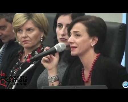 Diamante: Iniziativa per la Giornata Mondiale contro la violenza sulle donne