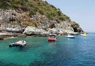 In Calabria una legge regionale per tutelare la Posidonia Oceanica, sotto osservazione anche l'Isola di Cirella