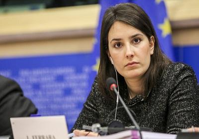 "Belvedere: Convegno ""Ambiente e Depurazione"" con l'Eurodeputata M5S Laura Ferrara"