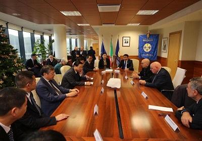 Regione: Avviati rapporti commerciali tra Cina e Calabria con uno specifico interesse per il peperoncino