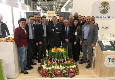 """La Calabria protagonista al """"Fruit Logistica"""" di Berlino, il salone mondiale dell'ortofrutta"""
