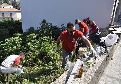 Grisolia: Giornata regionale dell'ecologia, Calabria Nuova ripulisce alcuni punti del centro