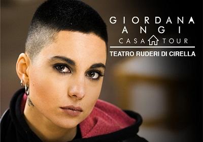 """GIORDANA """"CASA Tour"""" – 20 agosto 2019  – Teatro dei Ruderi di Cirella (Cs)"""