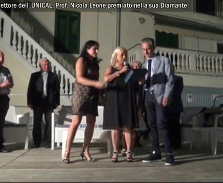 Il Rettore dell'UNICAL Prof. Nicola Leone premiato nella sua Diamante