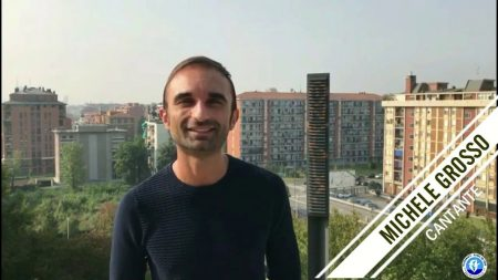 """Il cantautore calabrese Michele Grosso presenta il suo primo singolo """"Sei come l'Africa""""."""