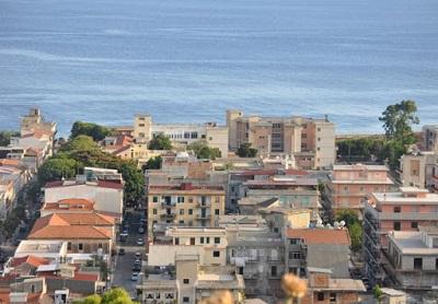 Covid-19: Nuovi casi positivi in un Centro per anziani, chiuso il Comune di Melito Porto Salvo (RC)