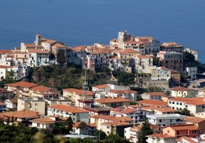 Diamante: Vietata la conversione di strutture ricettive in Covid Hotel