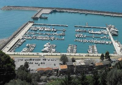 Dragaggio del porto di Cetraro: Il Dg Arpacal Pappaterra incontra il Sindaco Cennamo
