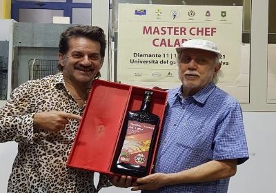 """Diamante. Successo per """"Master chef Calabria"""",  ospite il cantautore calabrese Peppe Voltarelli"""